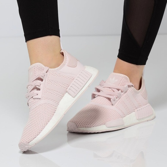 watch 26563 7a4ab EUC {ADIDAS} NMD R1 Sneakers, Orchid Tint, 7.5